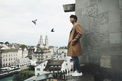 情歌王子圭贤推出第二迷你专辑『再次, 秋来』